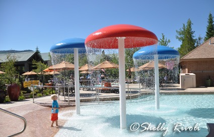 Tenaya Lodge pool